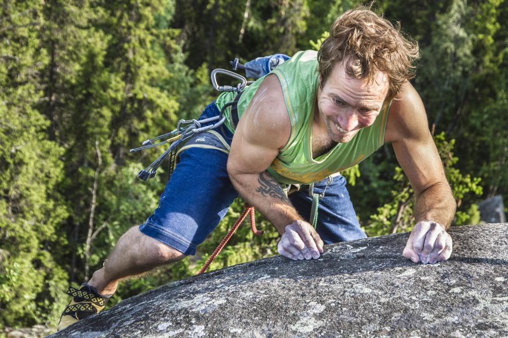 Marcus Hernegård Climbing at Välaberget, Åre, Sweden, Photographer, Alexander Rydén, Klättring