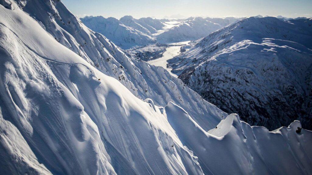 Matilda Rapaport Skiing in Haines Alaska, Photographer, filmmaker, Alexander Ryden, Klättring